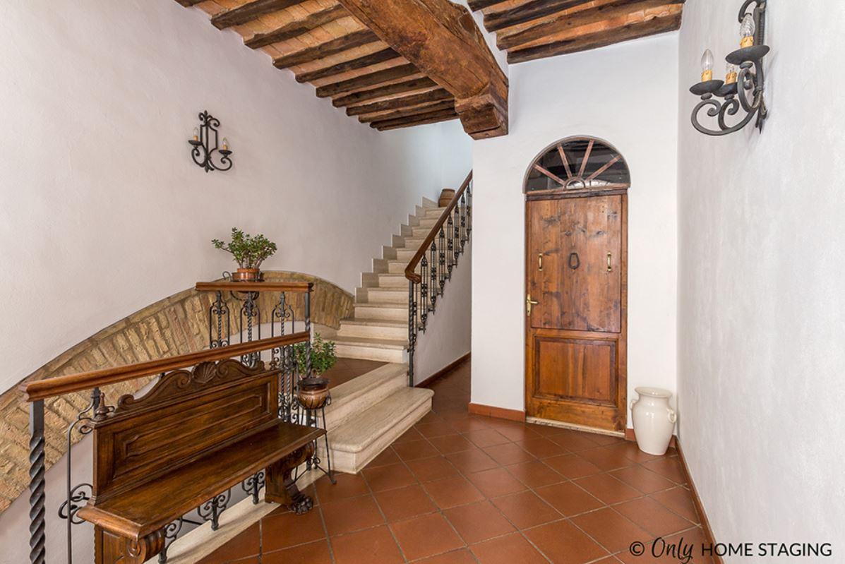 Krome refurbishing-Italian mediterranean interior style-04