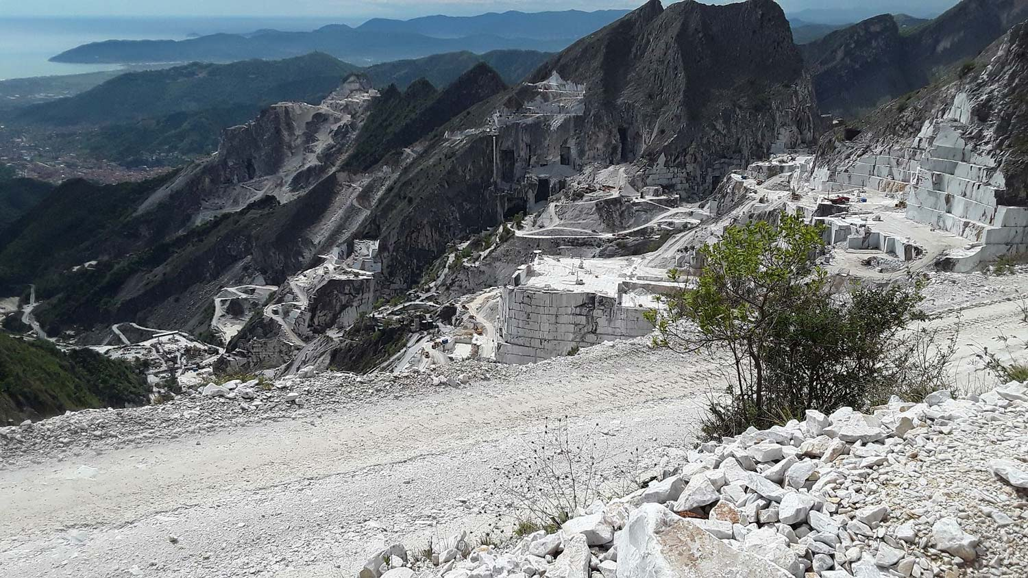Carrara quarries-Krome Italian Refurbishing-00